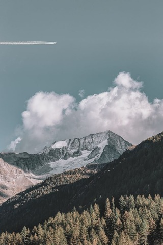 eberhard-grossgasteiger-1094498-unsplash