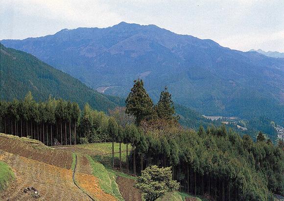 石墨山 (1)