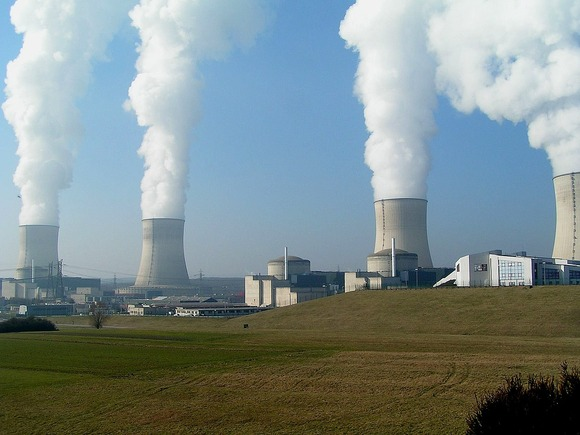 1280px-Nuclear_Power_Plant_Cattenom