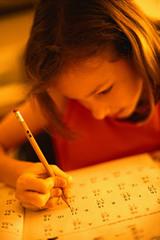 【吉岡】勉強する女の子