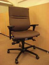 【吉岡】椅子