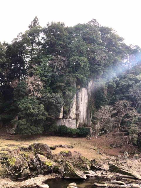 年末に奈良の室生に行って来た話① 大野寺・弥勒磨崖仏