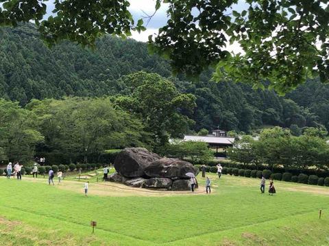明日香村に行ってきた③ 石舞台古墳と酒船石、亀石