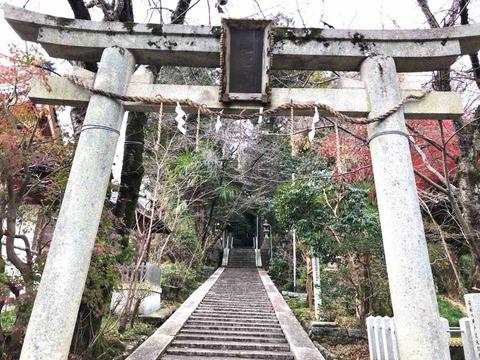 奈良県桜井市にある履中天皇ゆかりの『若櫻神社』は磐余稚桜宮の伝承地