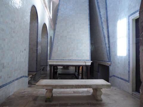 アルコバサ修道院 (27)厨房