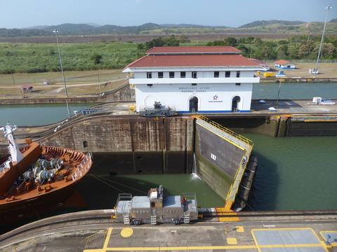 パナマ運河 (60)