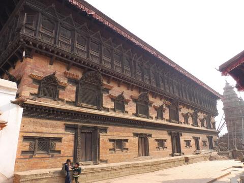 バクタプル (28)55の窓の宮殿