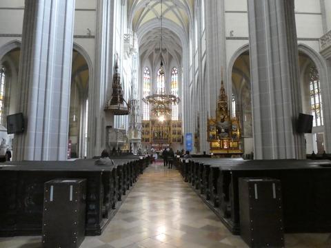 聖アルジュベダ大聖堂 (1)
