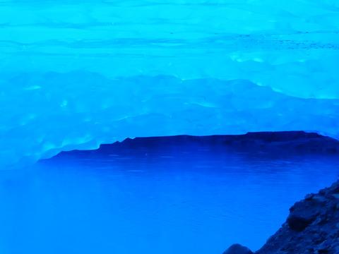 氷河洞穴 (18)