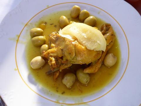 ⑬昼食3レモンとオリーブとチキンのタジン