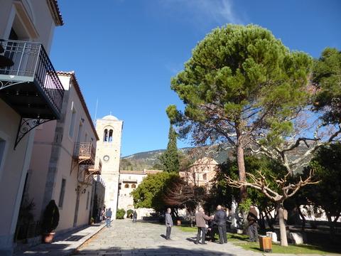④オシオス・ルカス修道院 (6)