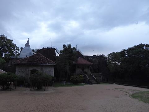 イスルムニヤ寺院1