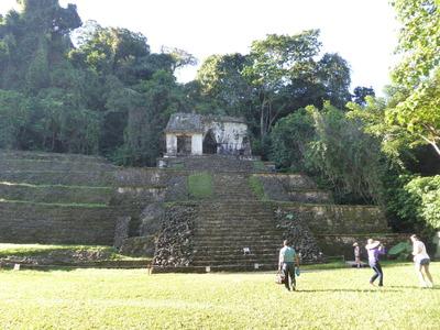 パレンケ (3) 頭蓋骨の神殿