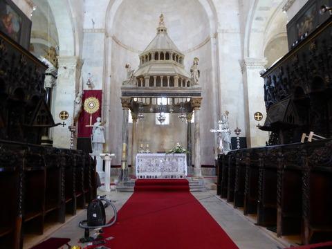聖ロヴロ大聖堂 (17)