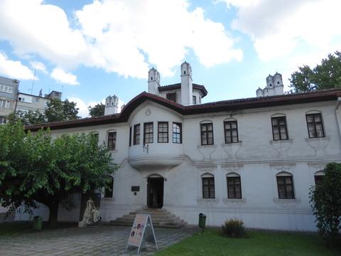 リュビツァ妃の屋敷 (1)