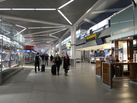 ベルリン空港 (3)