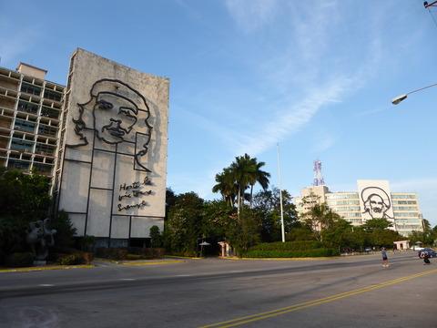 革命広場 (3)