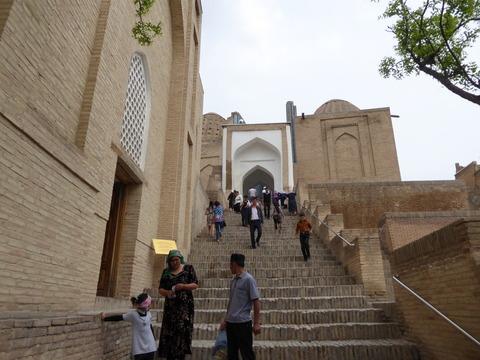シャーヒズィンダ廟群2 天国の階段