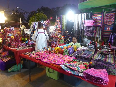 ウアラーイナイトマーケット (8)