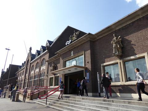 Roosendaal駅