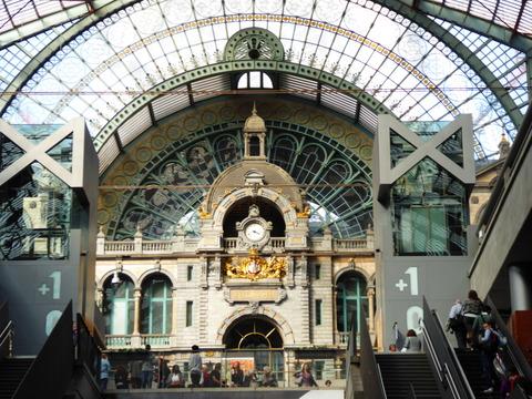 Antwerpen駅