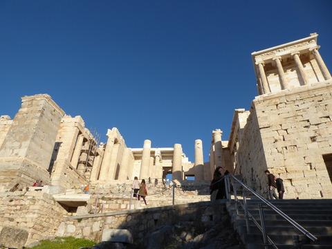 Acropolis (122)