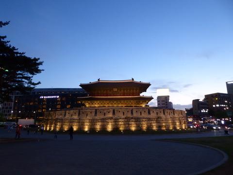 東大門 (1)