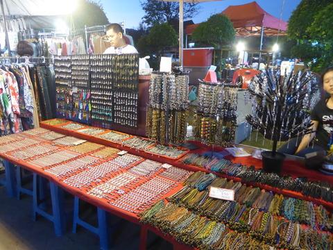 ウアラーイナイトマーケット (5)