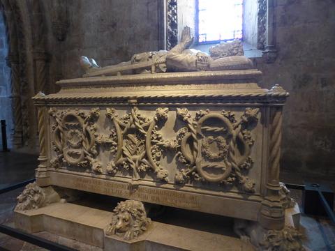 ジェロニモス修道院 (13)カモインイスの石棺