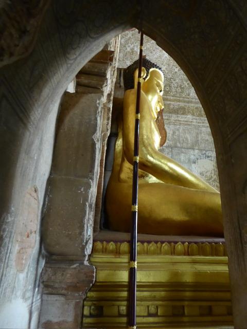 ティンロミンロー寺院3
