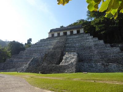 パレンケ (12) 碑文の神殿