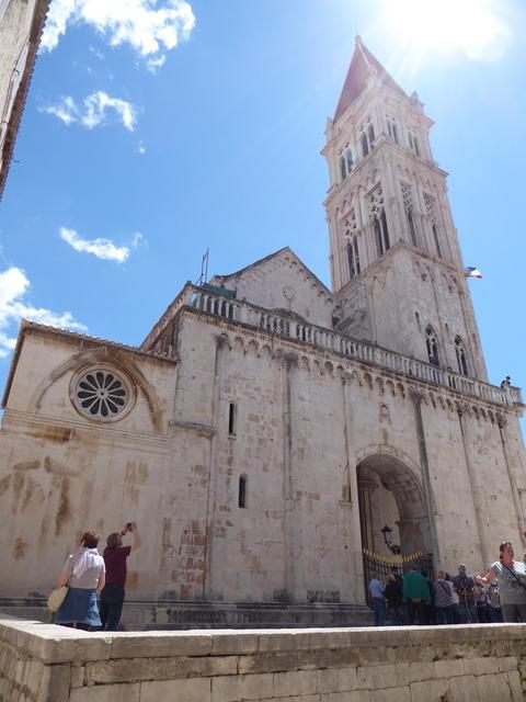 聖ロヴロ大聖堂 (1)