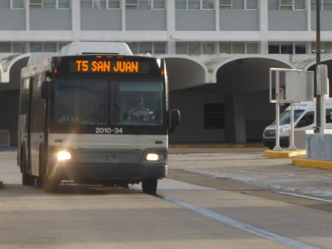バス (3)