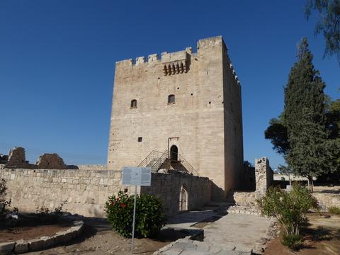 コロッシ城 (1)