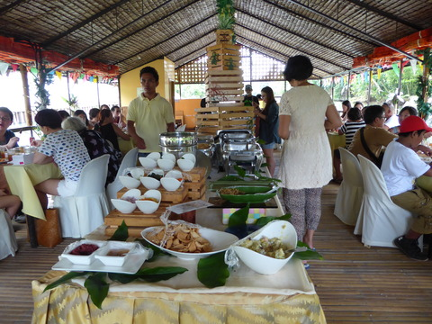 Loboc River Lunch Cruise (5)