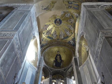 ④オシオス・ルカス修道院 (40)
