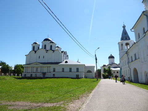 ヤロスラフ宮廷跡と市場 (7)