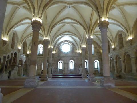 アルコバサ修道院 (25)食堂
