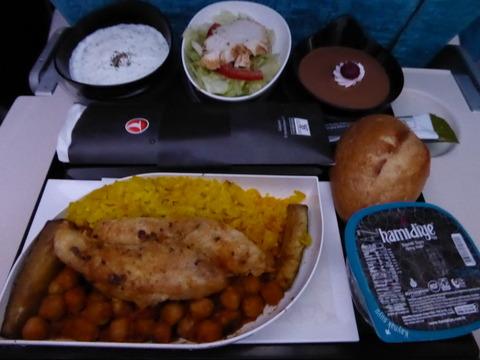 機内食 (3)