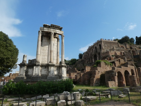 フォロロマーノ (51) ヴェスタの神殿
