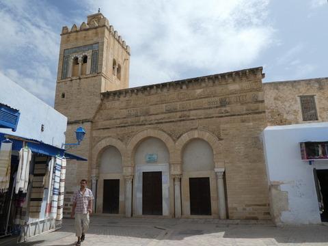 カイルアン旧市街 (3)3つの扉のモスク