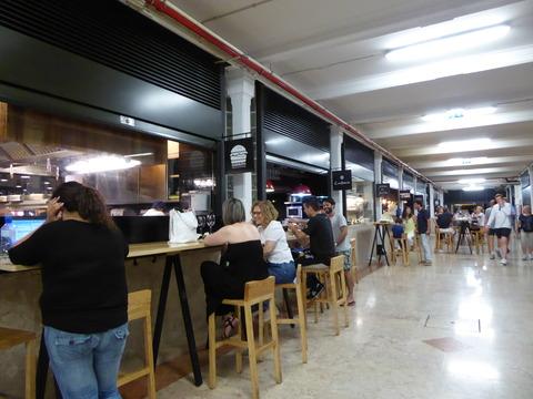 リベイラ市場 (2)