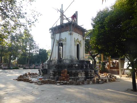 ワット・トゥメイ寺院2