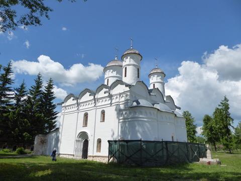 リザパラジェーンスキー修道院 (4)