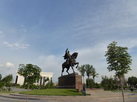 ティムール広場
