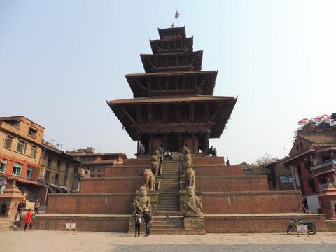 バクタプル (39)ニャタポラ寺院