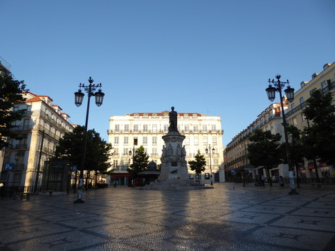 カモンイス広場