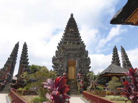 バトゥール寺院2