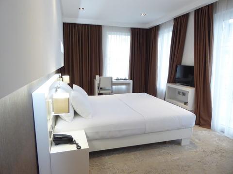 Plestige Hotel (2)