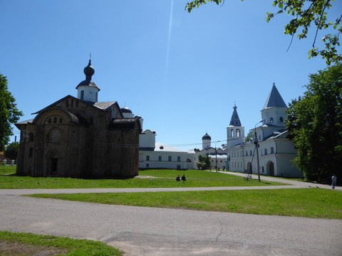 ヤロスラフ宮廷跡と市場 (1)